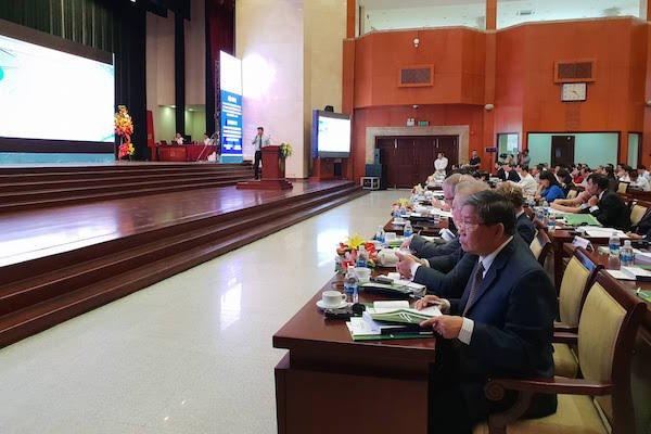 Hội thảo mời gọi đầu tư của TPHCM có sự tham dự của các quận huyện, sở ban ngành... các doanh nghiệp, chuyên gia tư vấn về đô thị thông minh. Ảnh: Chí Thịnh
