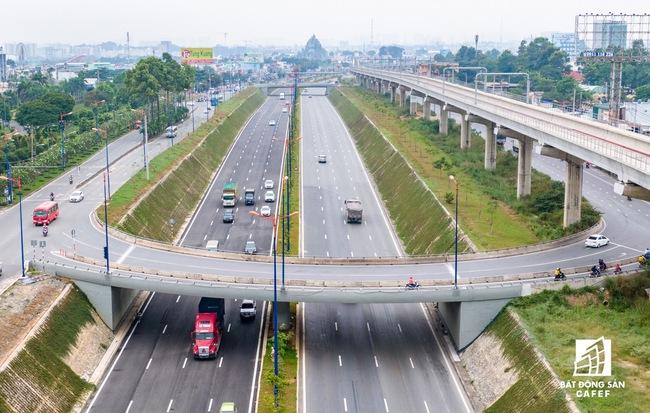 TP.HCM xem xét đầu tư hàng loạt dự án giao thông quy mô lớn